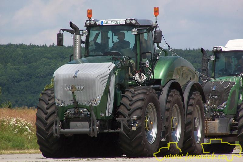 6 Wheel Drive Tractor : New fendt trisix wheel drive with pic s page the